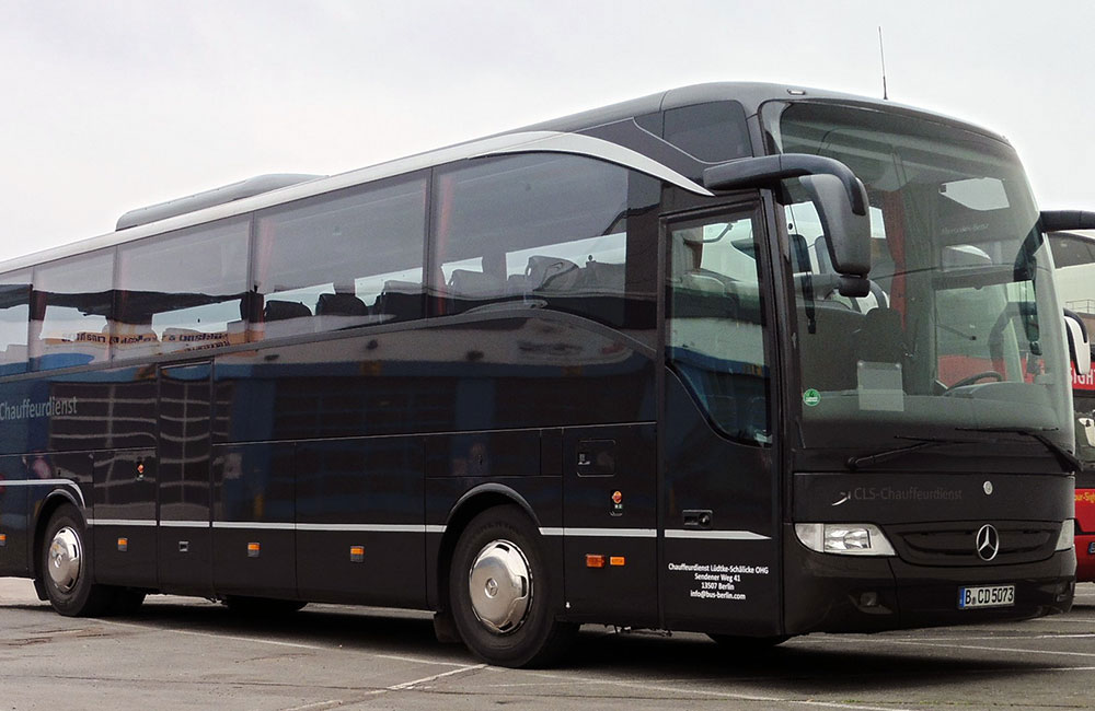 chauffeur and limousine service berlin bus service