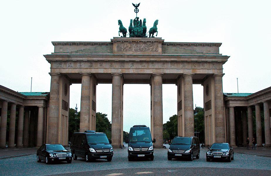 chauffeur and limousine service berlin Limousine 14 Personen.htm #13